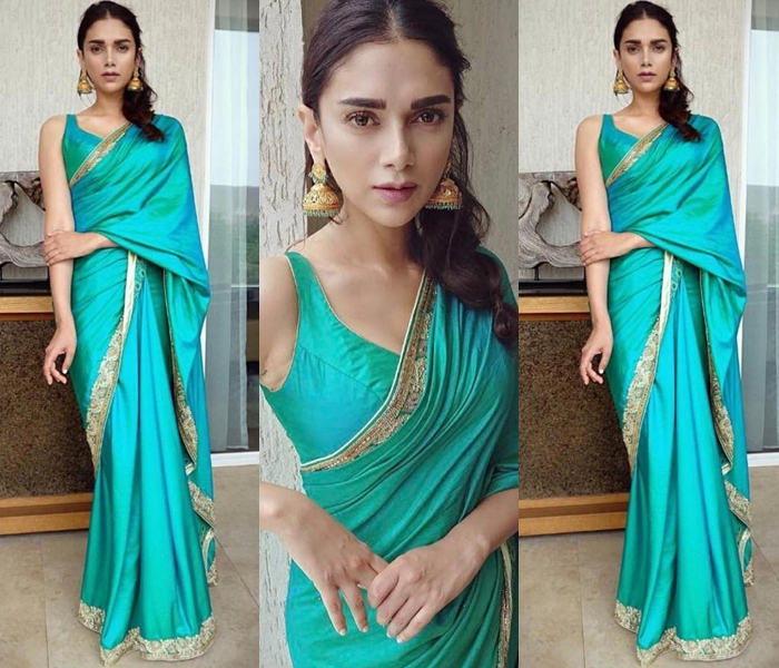 how to look simple on silk saree