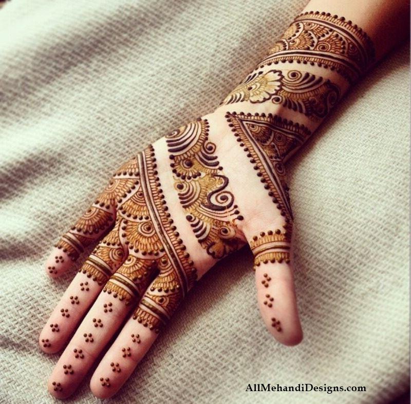 30 Simple \u0026 Chic Mehendi Designs to Try on Palm \u2022 Keep Me
