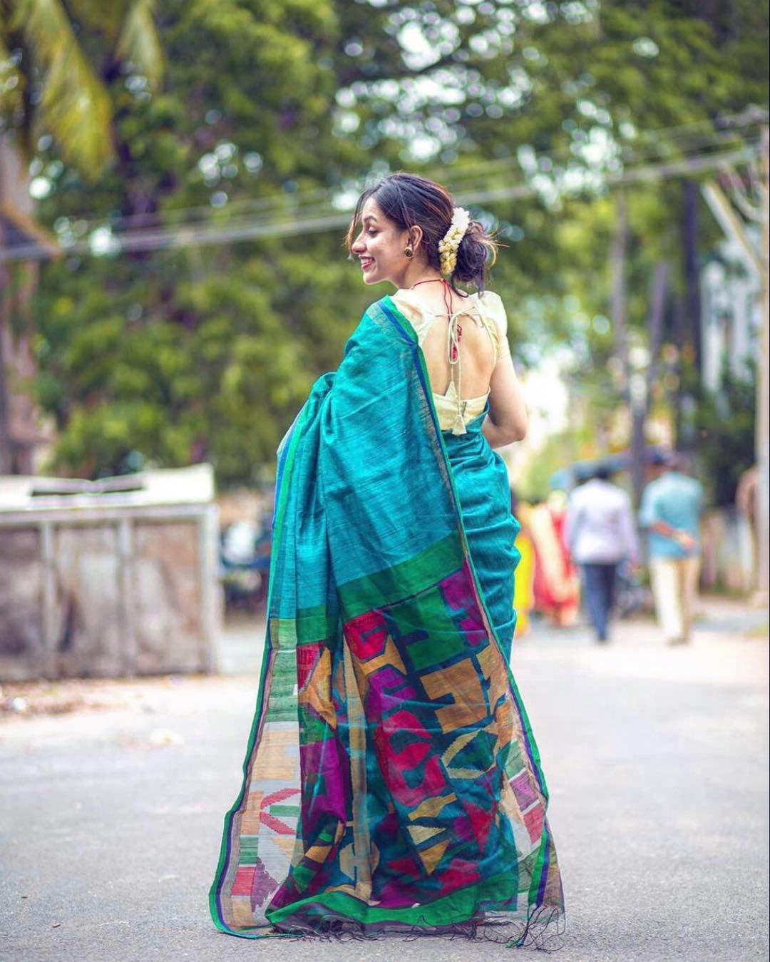 Facebook Boutique To Shop Handloom Sarees