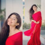Nail Your Party Wear Look With Red Saree & Gold Blouse