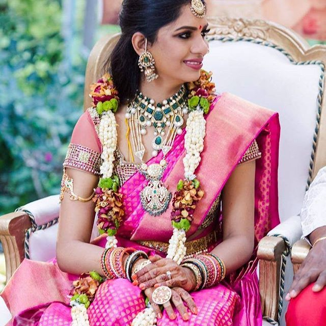6b75258ced8a04 This is an era of heavy maggam work blouses. Embrace your pink saree with a  contrasting green blouse that has lavish thread work to attenuate your saree  ...