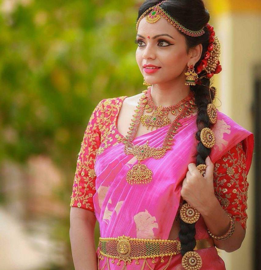 Contrasting Blouses For Pink Sarees