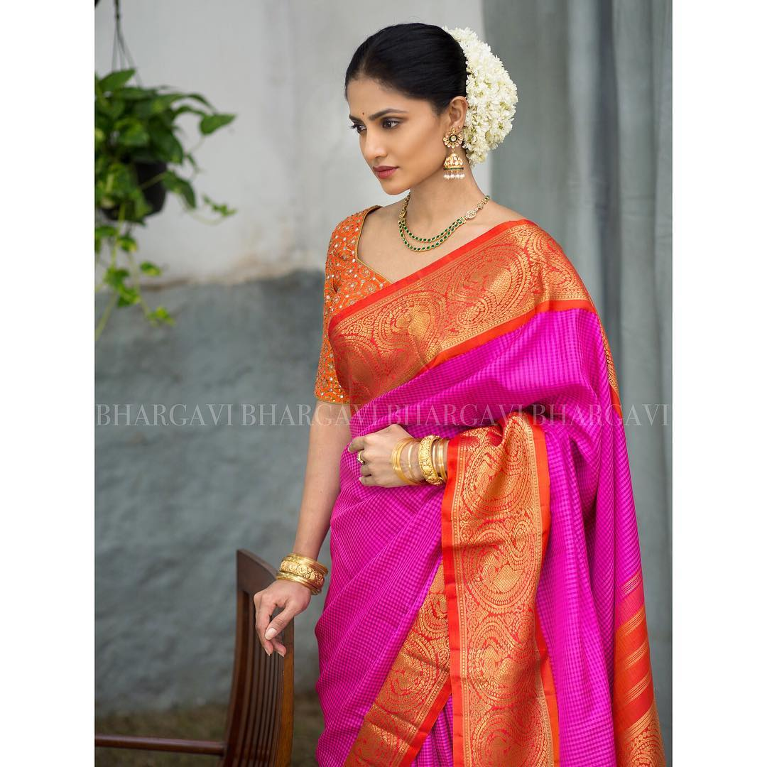 21 Best Contrasting Blouses For Pink Silk Sarees Keep Me