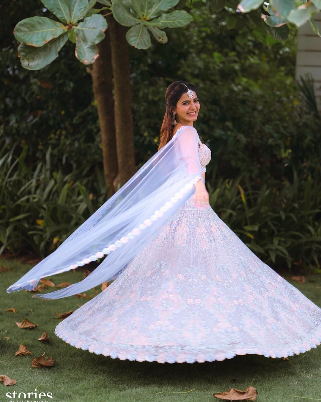 Samantha & Naga Chaitanya Wedding Marriage Dress Outfits