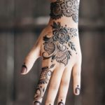 30 Simple & Easy Henna Flower Designs of All Time