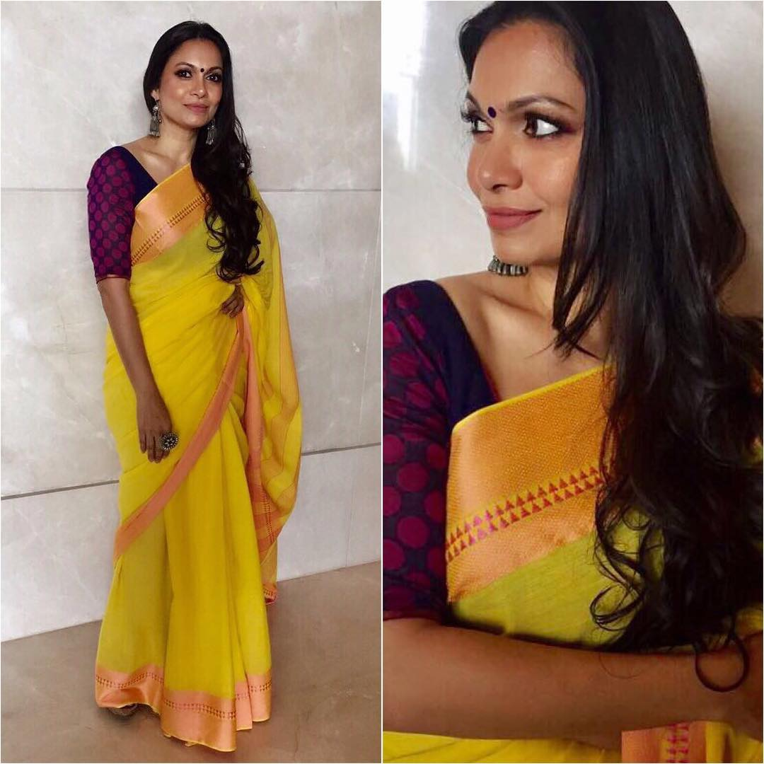 Contrast Blouses For Yellow Saree