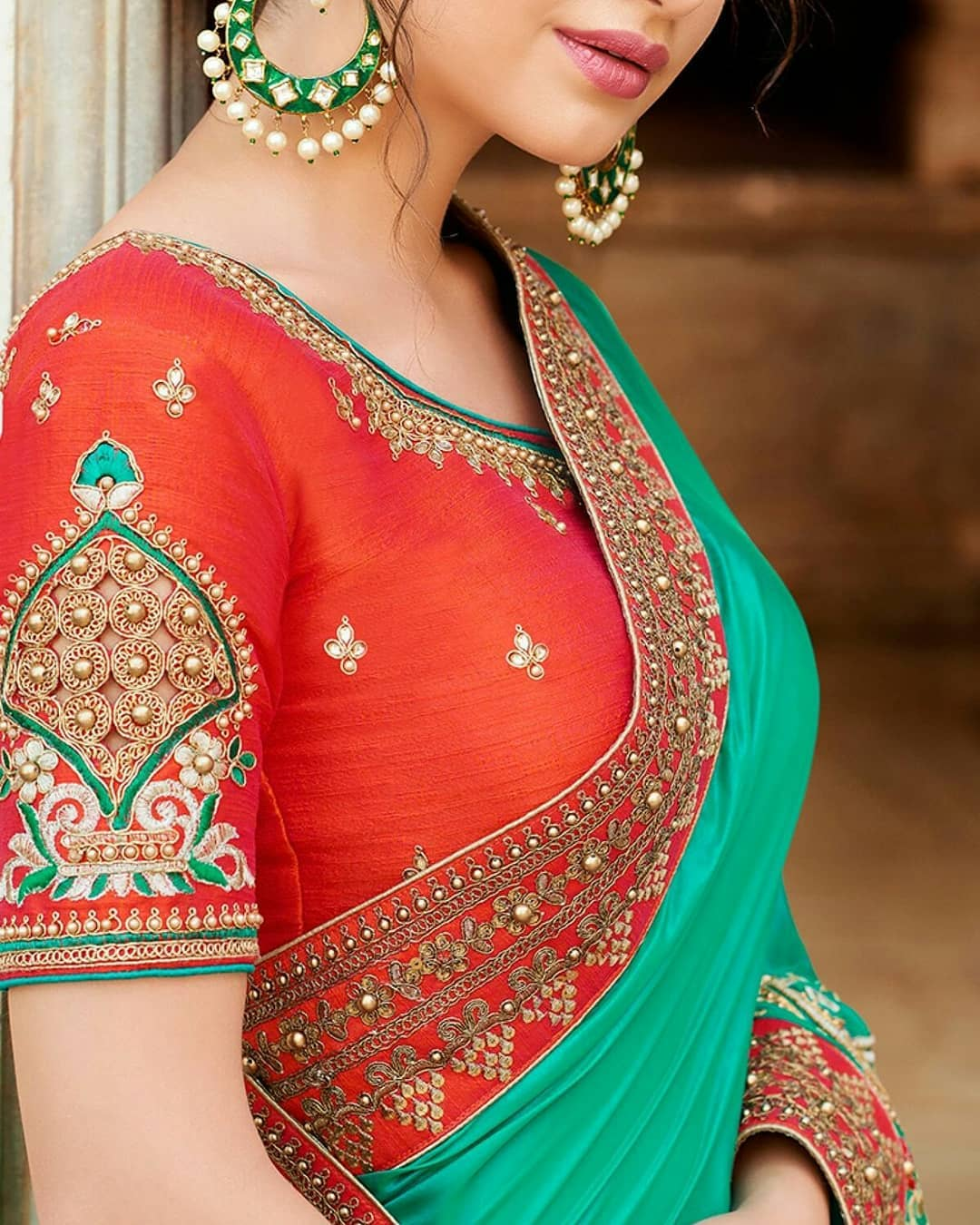 contrasting blouse colors with green sarees