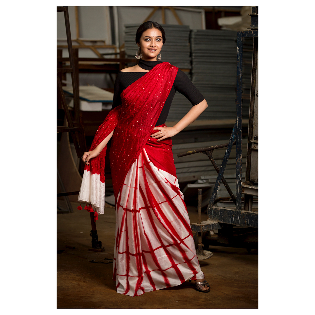 black red saree idea