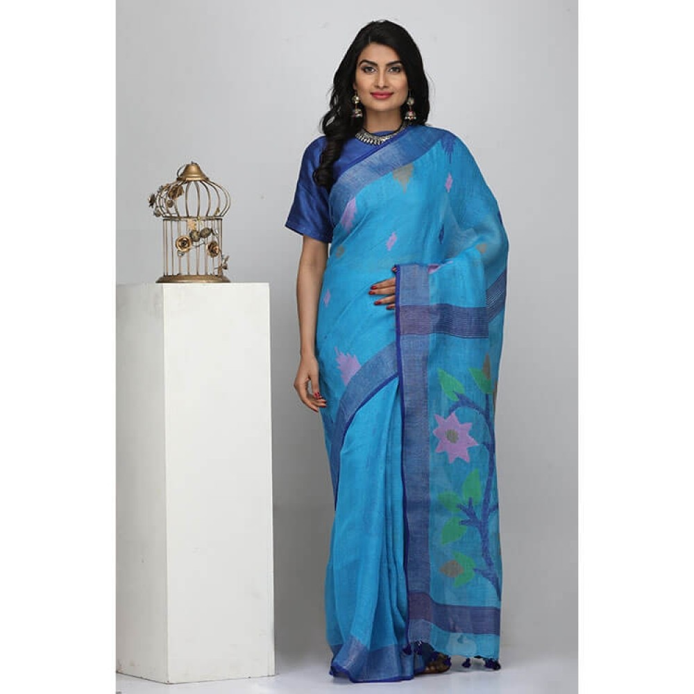 the weave traveller sarees