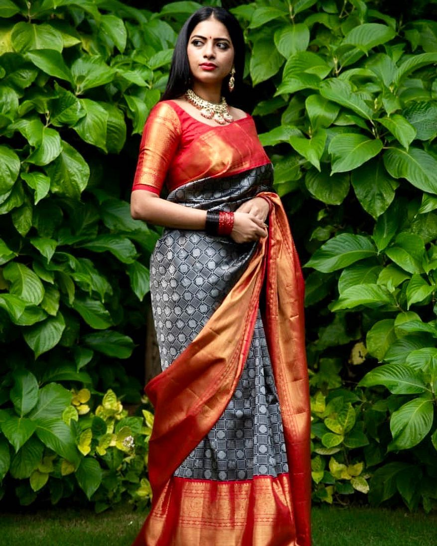 fresh-ways-to-style-silk-sarees-2019 (3)