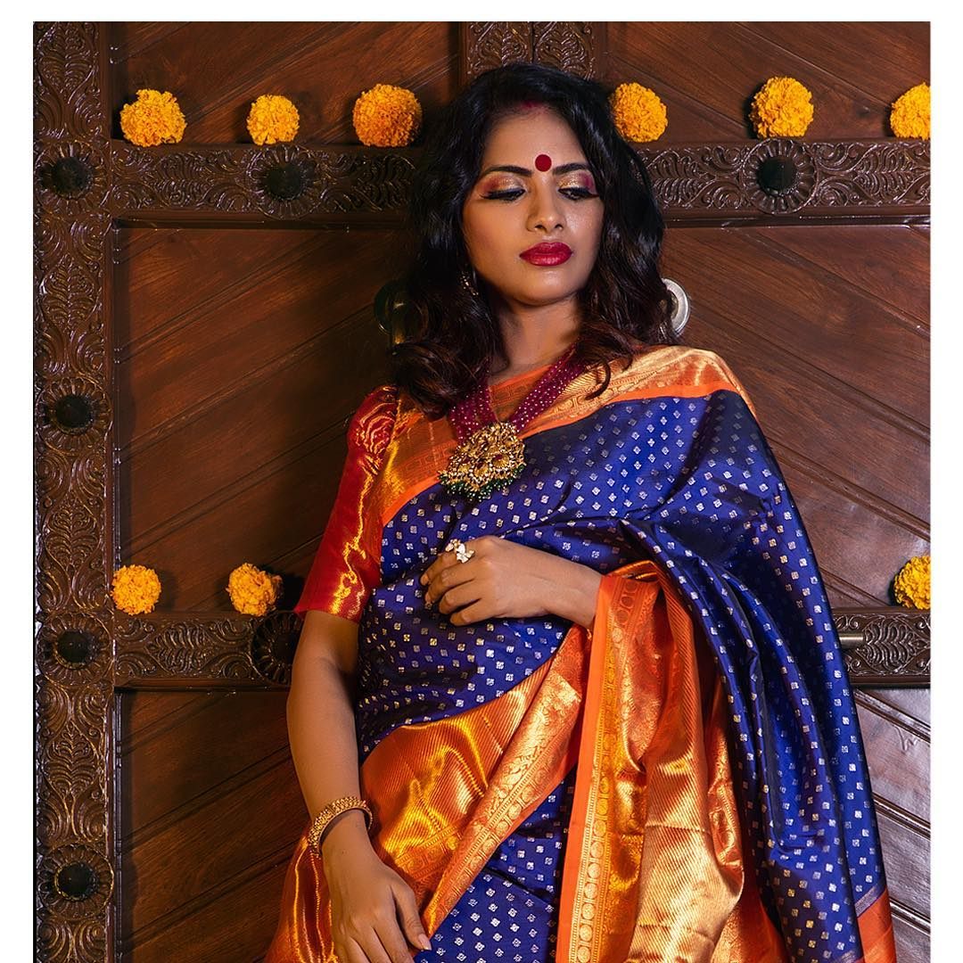fresh-ways-to-style-silk-sarees-2019 (4)