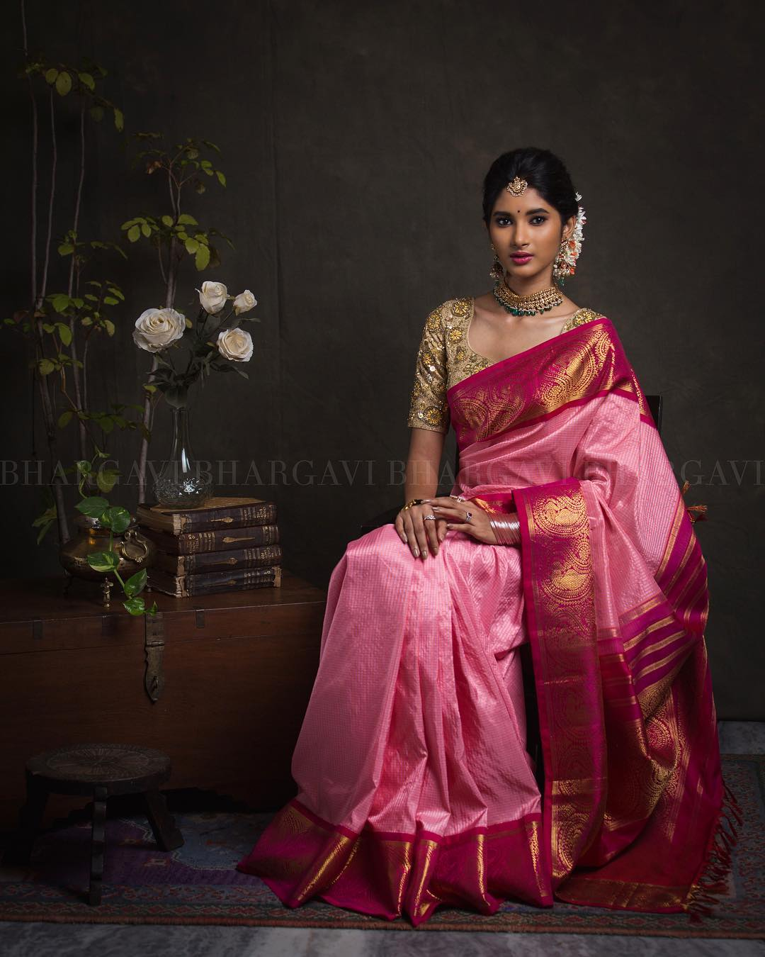 sarees-with-mismatched-blouses (4)