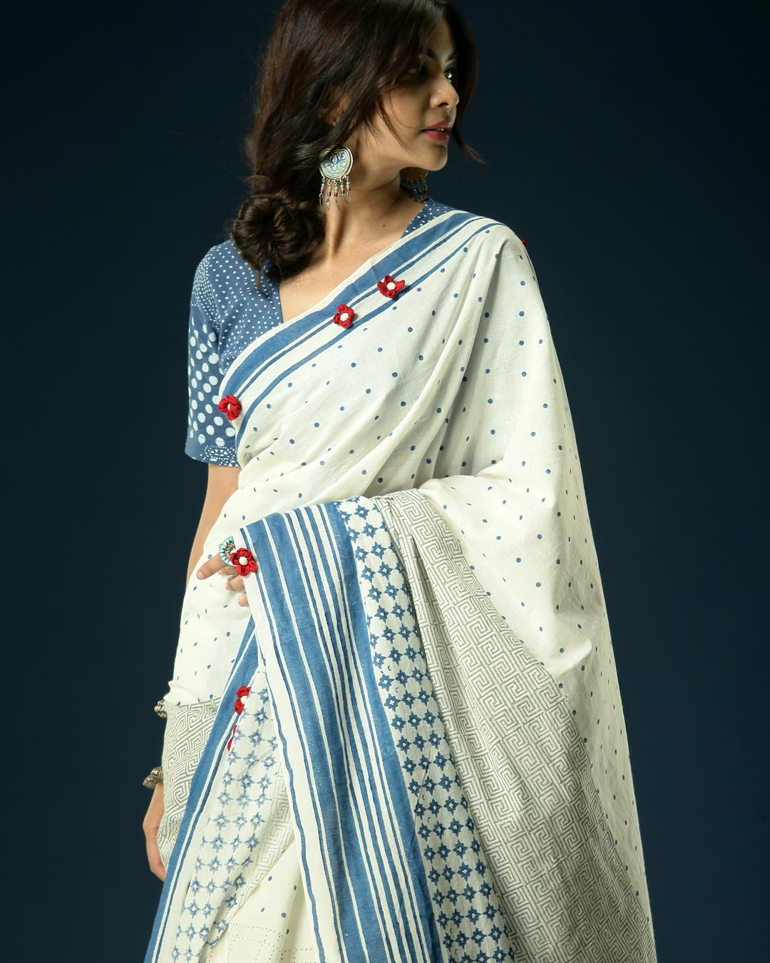 statement-saree-collections-ekmit (12)