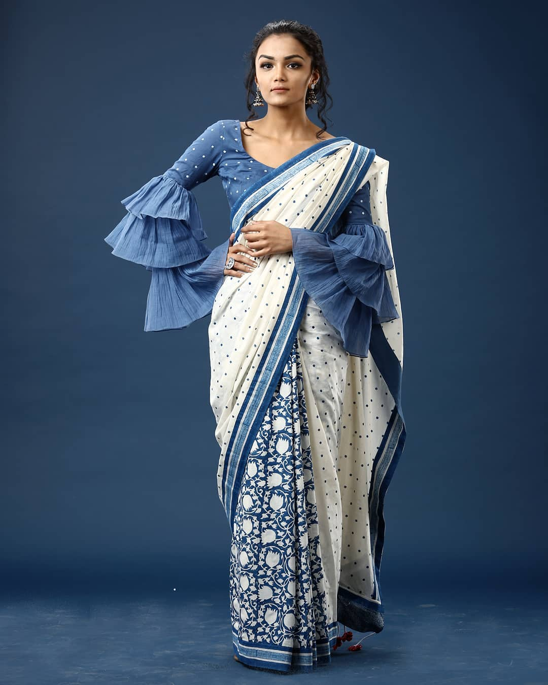 statement-saree-collections-ekmit (14)