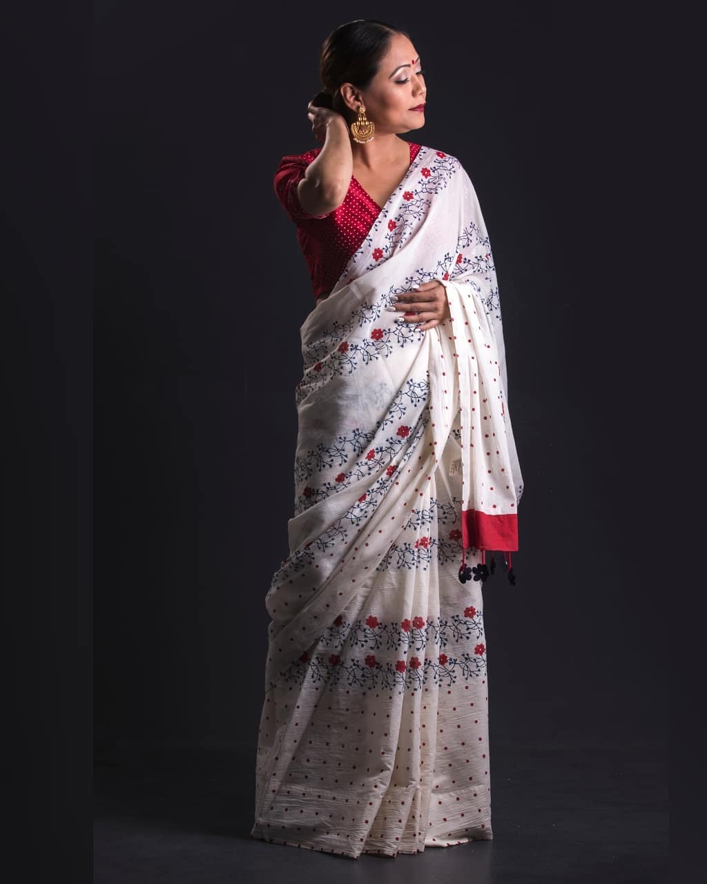 statement-saree-collections-ekmit (5)