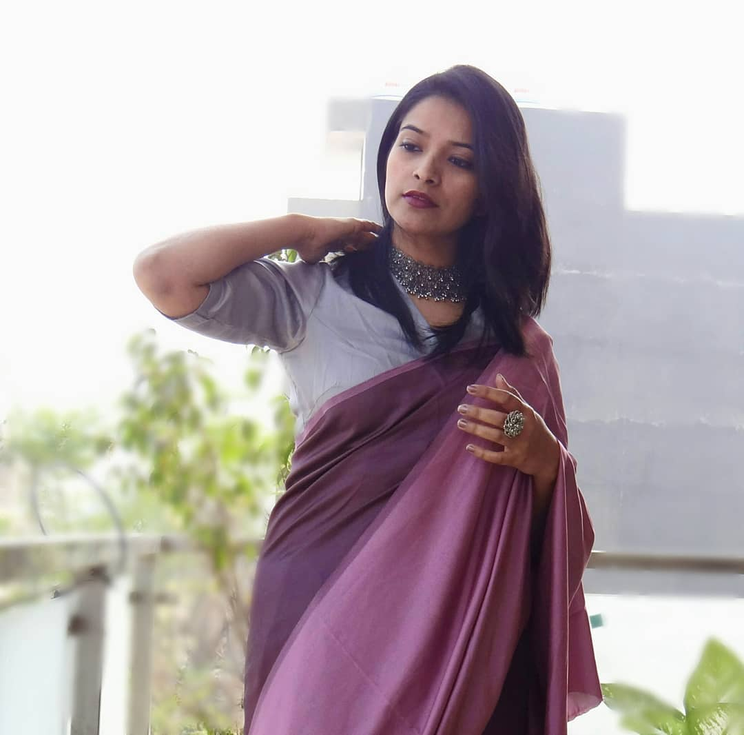 how-to-wear-sarees-to-office-2019 (5)
