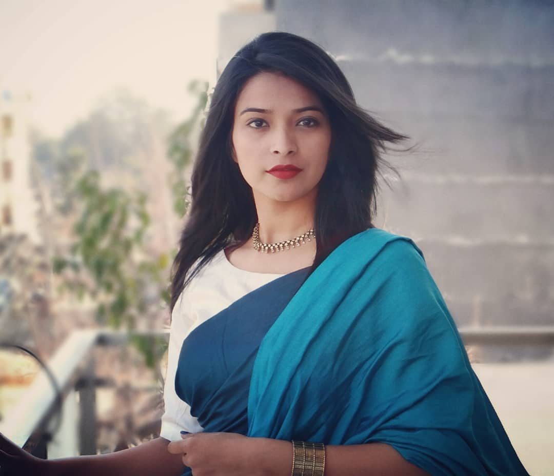 how-to-wear-sarees-to-office-2019 (6)