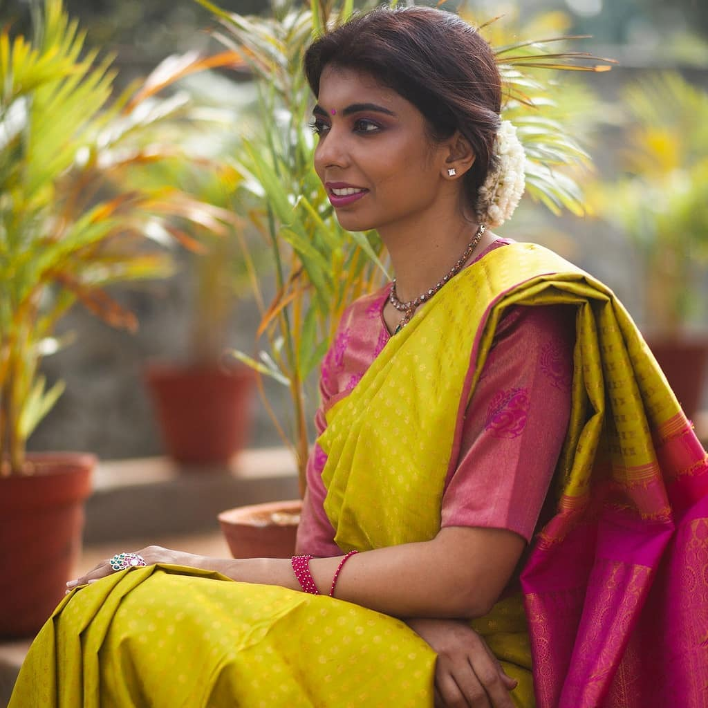 light-weight-silk-saree-collections-2019 (14)