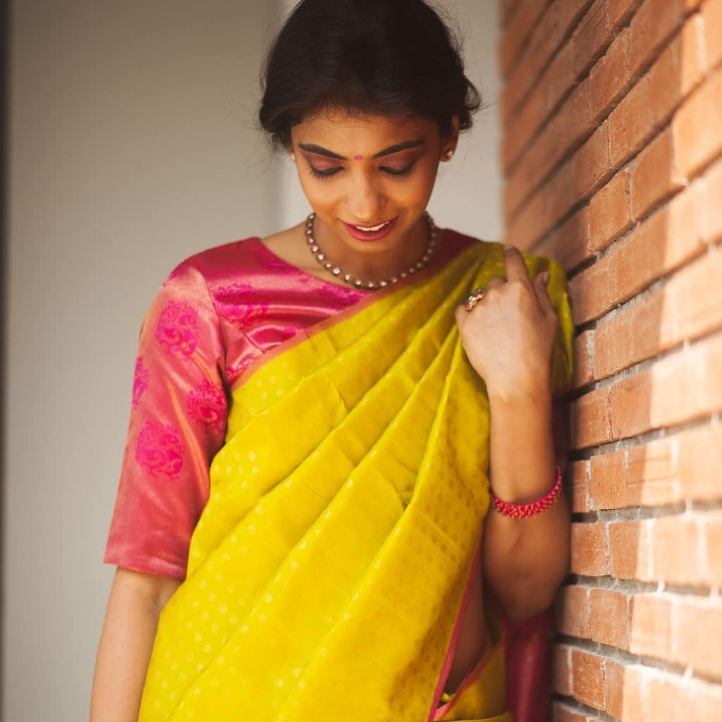 light-weight-silk-saree-collections-2019 (23)