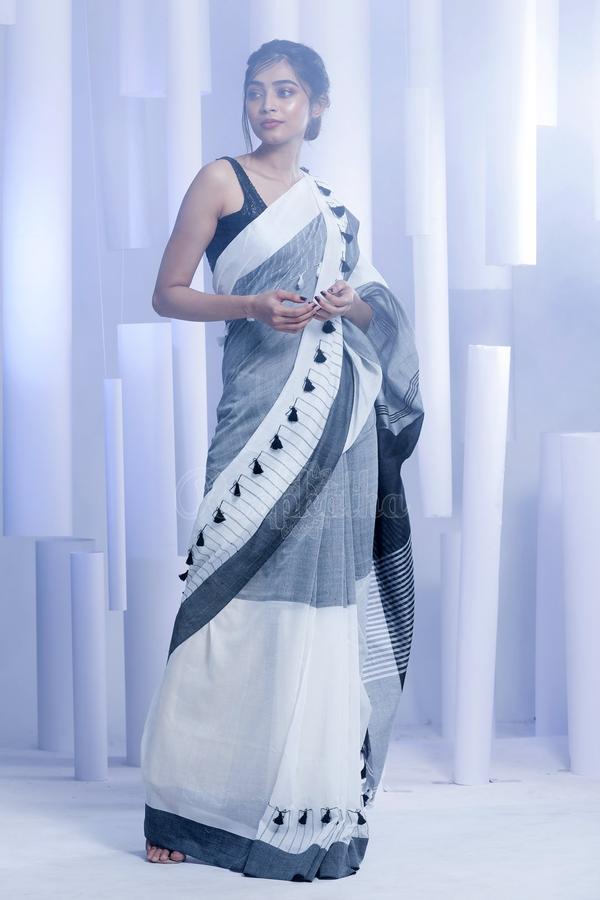 pom-pom-saree-designs-2019 (12)