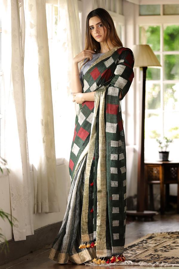 pom-pom-saree-designs-2019 (2)