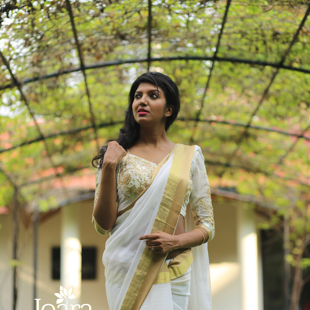 Designer-floral-sarees-2019 (3)