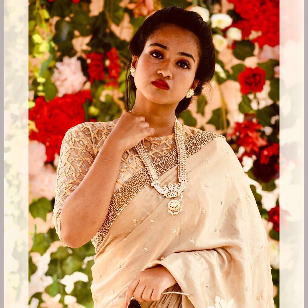 Designer-floral-sarees-2019 (4)