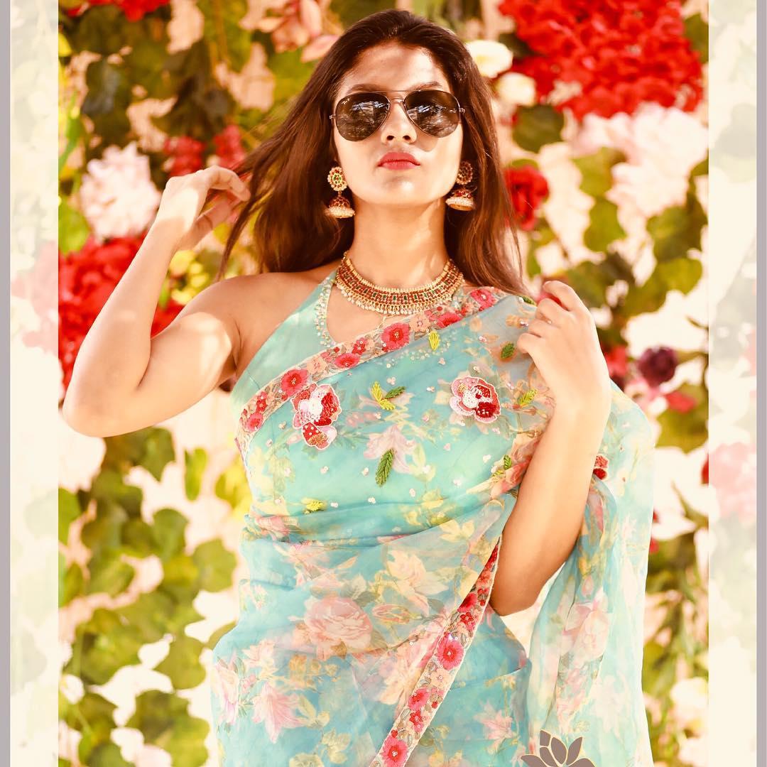 Designer-floral-sarees-2019 (5)