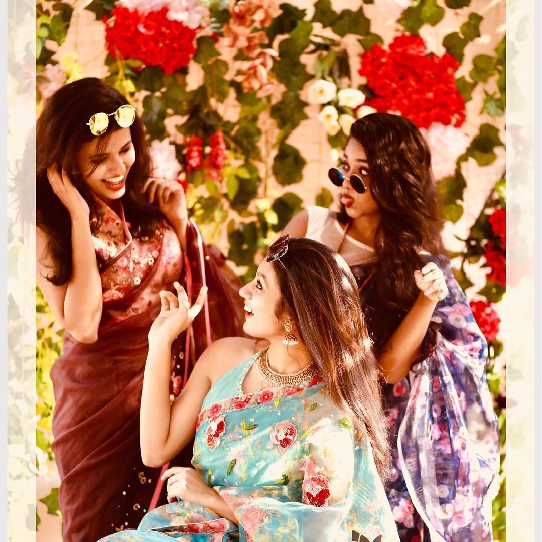 Designer-floral-sarees-2019 (6)