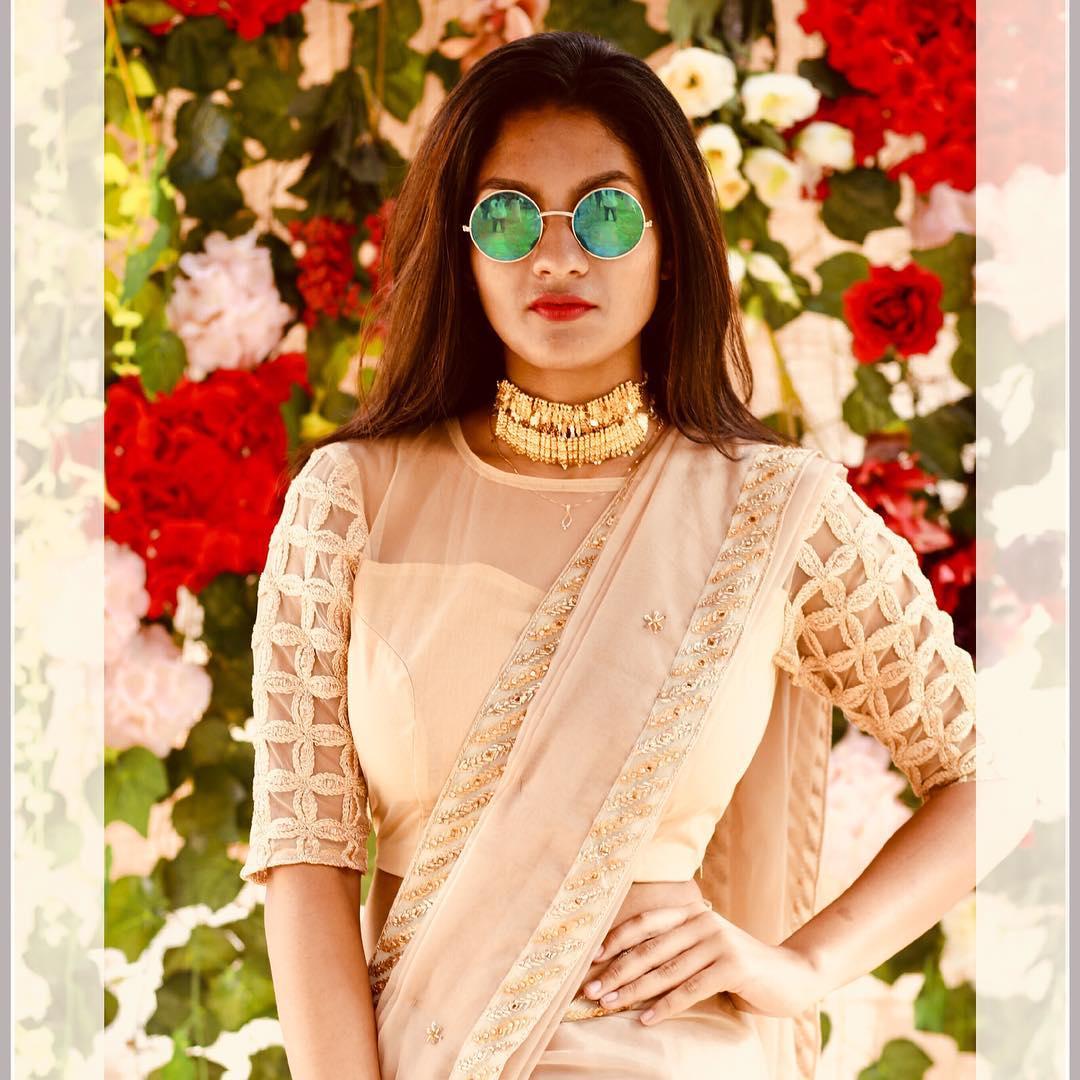 Designer-floral-sarees-2019 (8)