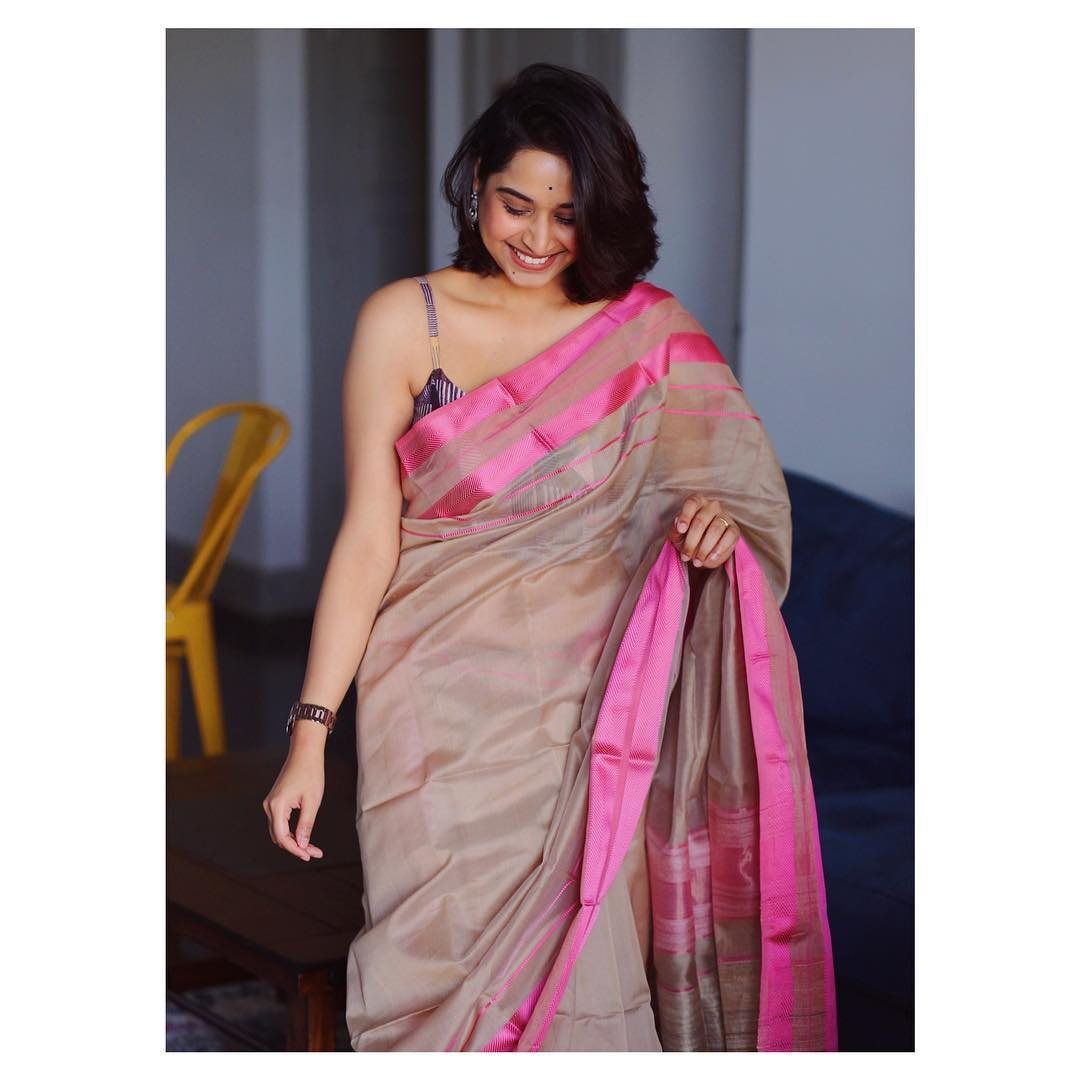 instagram-saree-influencer-swati-dixit (13)