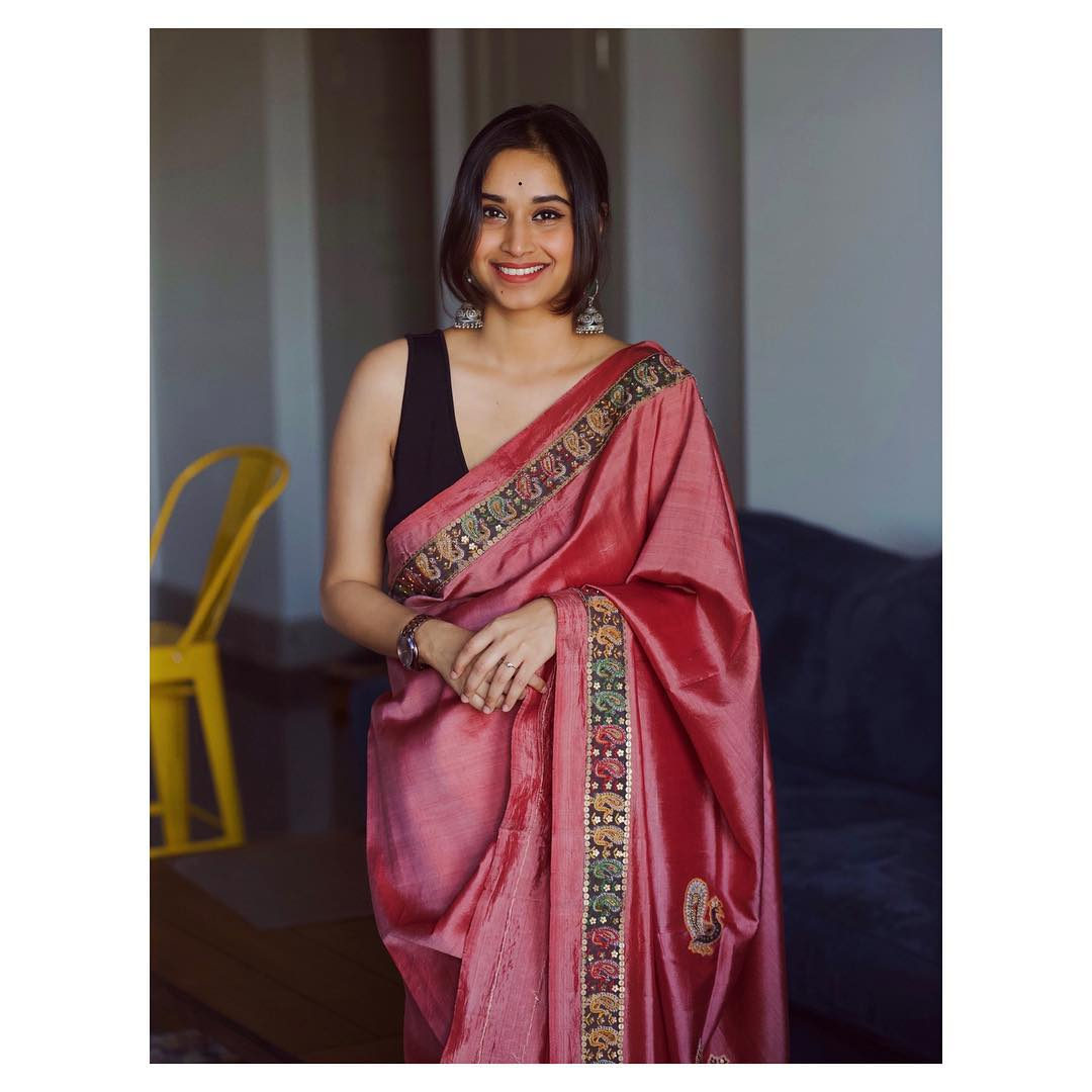 instagram-saree-influencer-swati-dixit (15)