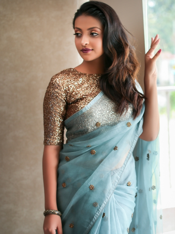 brands-to-shop-designer-sarees (3)