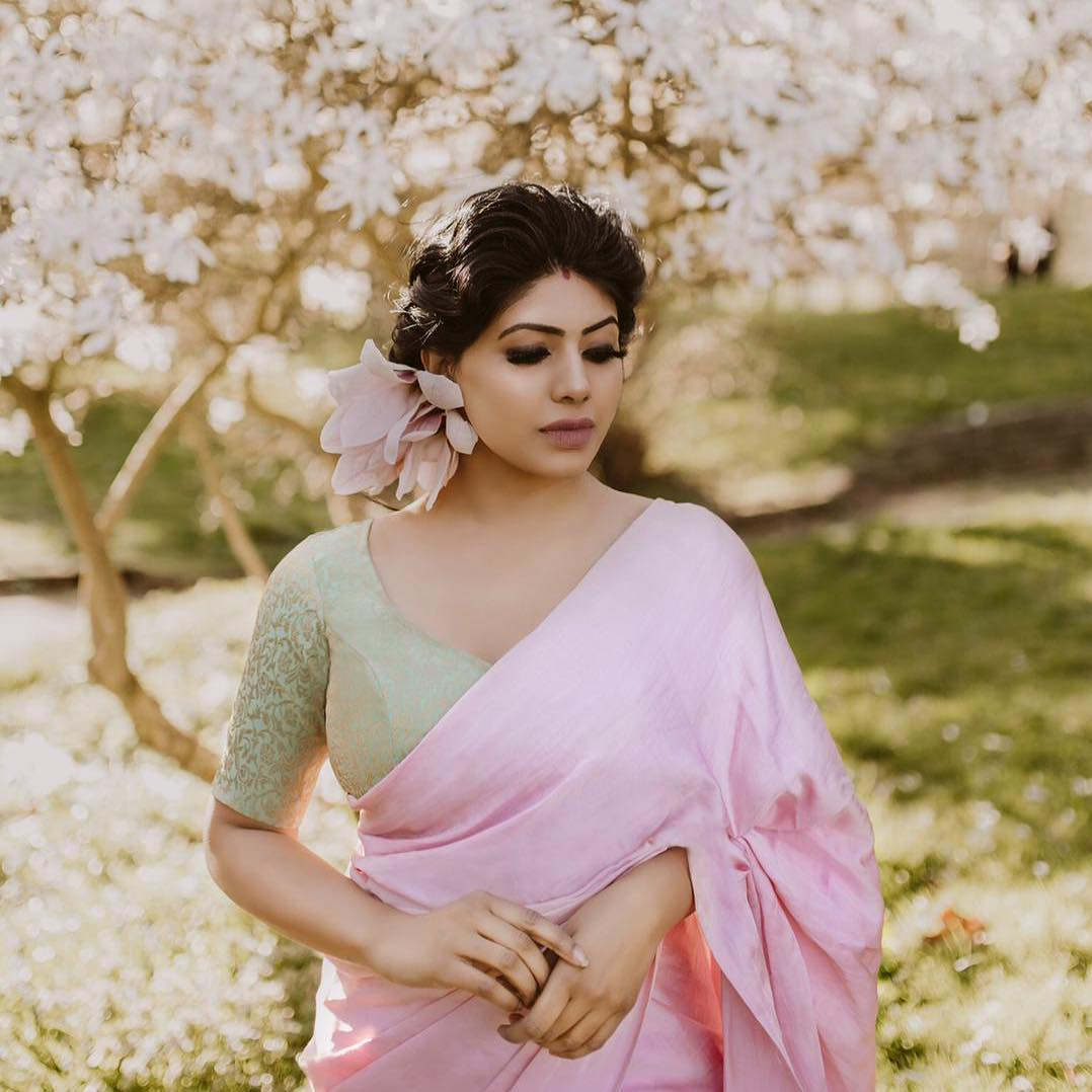 brands-to-shop-designer-sarees (4)