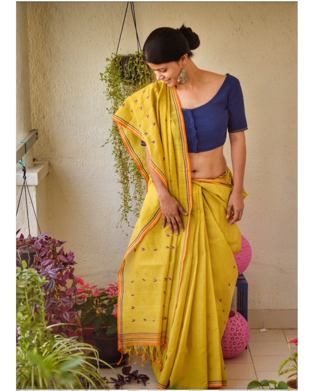 light-weight-party-wear-summer-sarees (1)