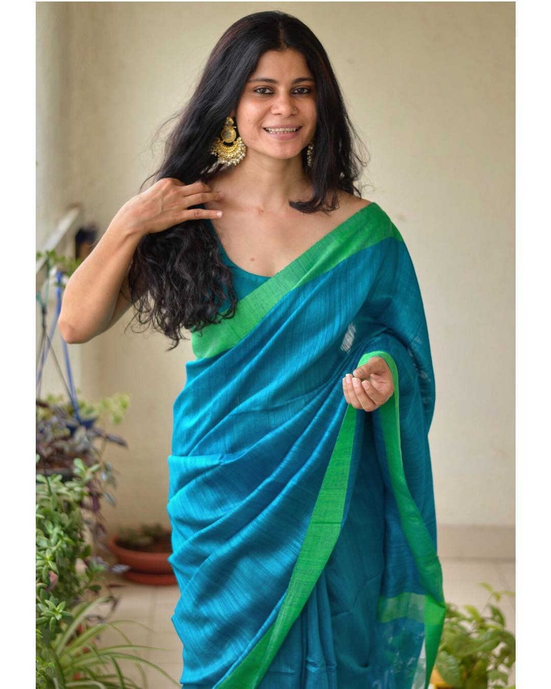 light-weight-party-wear-summer-sarees (8)