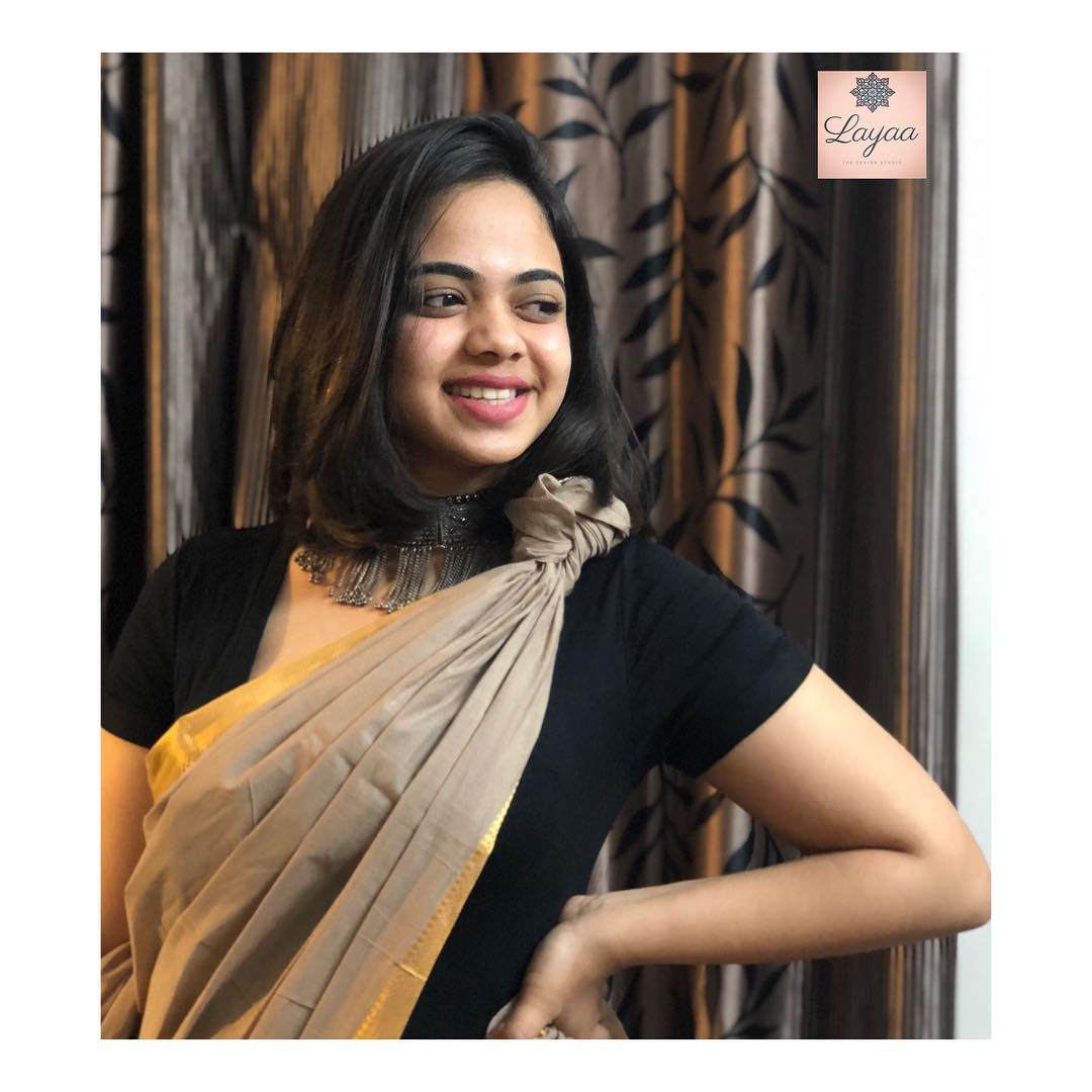 party-wear-sarees-styling-tips (3)