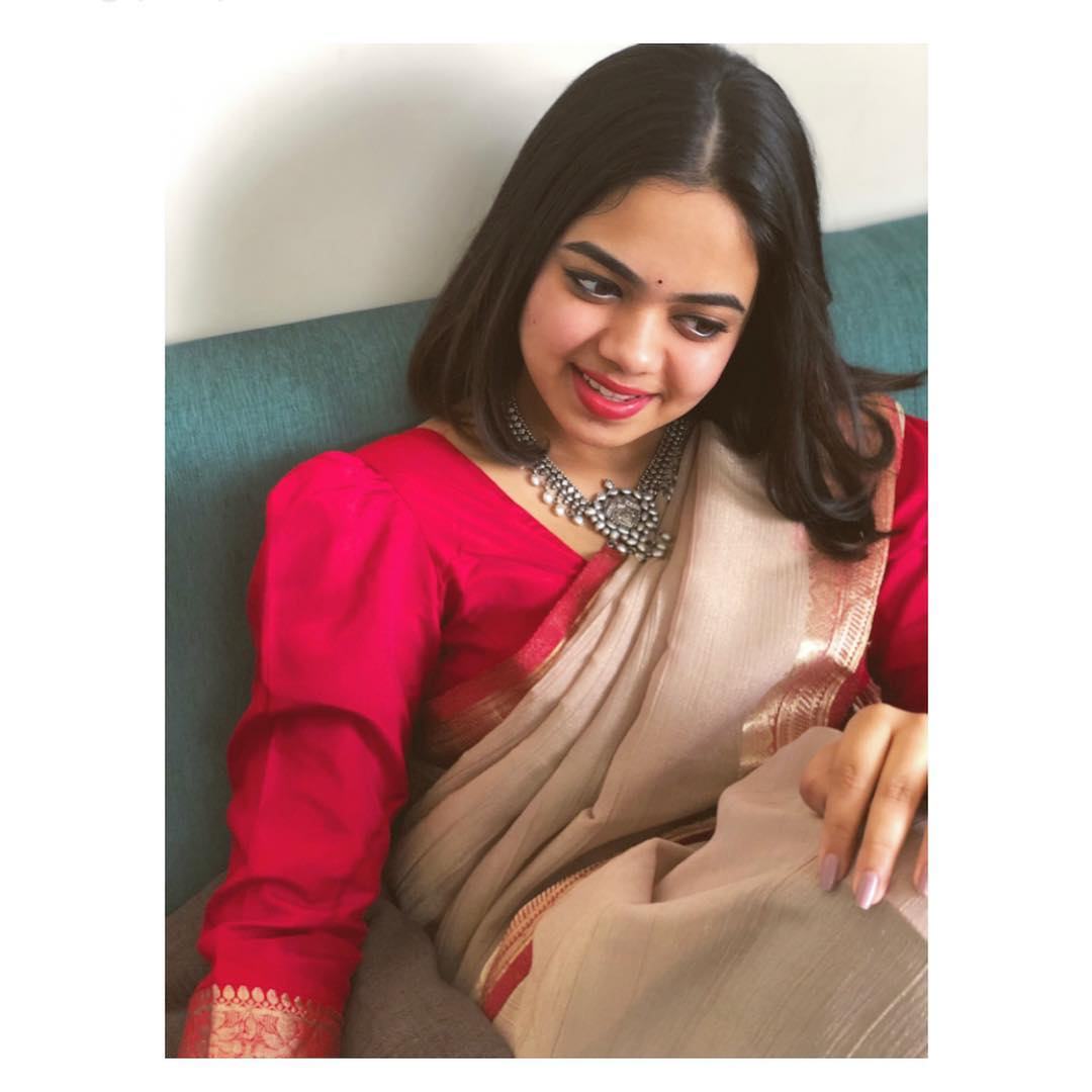 party-wear-sarees-styling-tips (5)