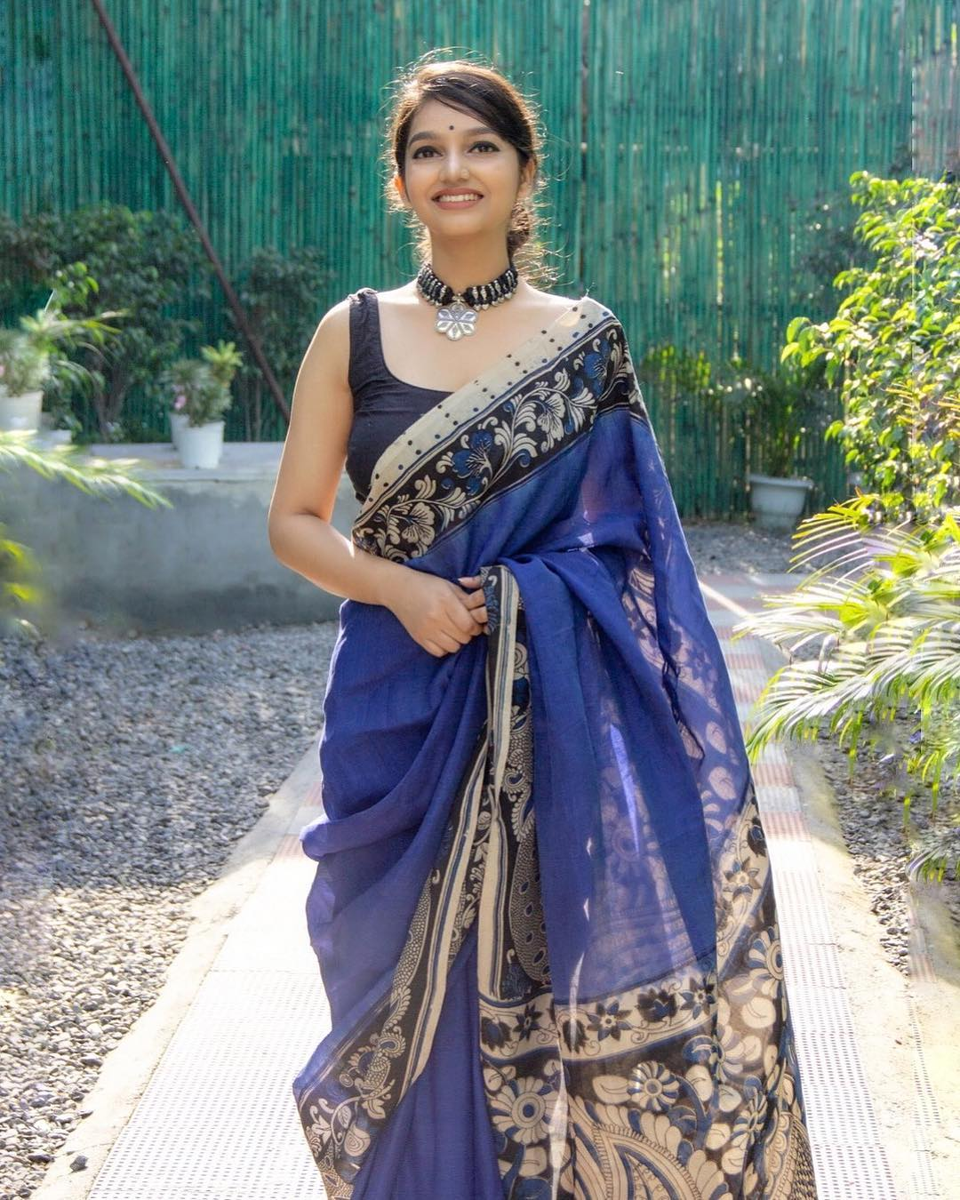 tips-to-style-your-cotton-sarees (3)