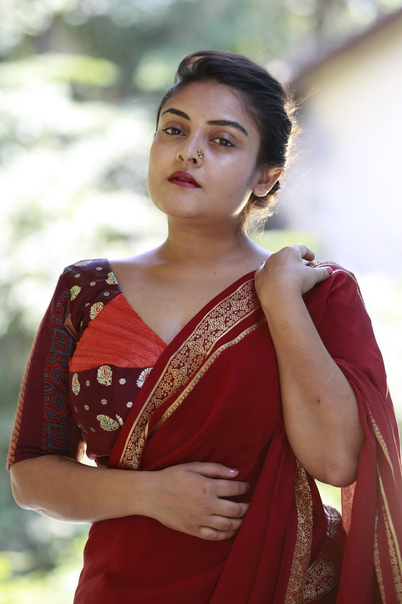 readymade-blouses-sarees-2019 (8)