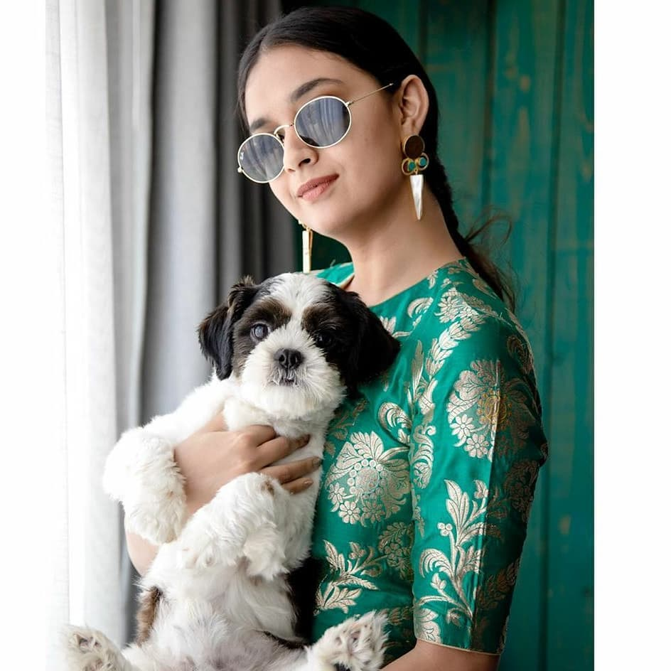 sun-glasses-and-sarees (12)