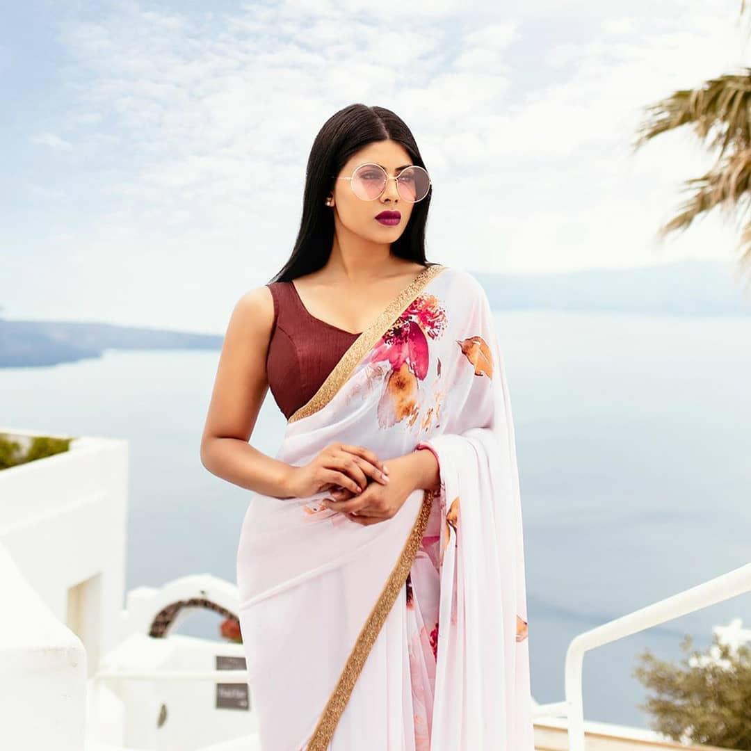 sun-glasses-and-sarees (13)