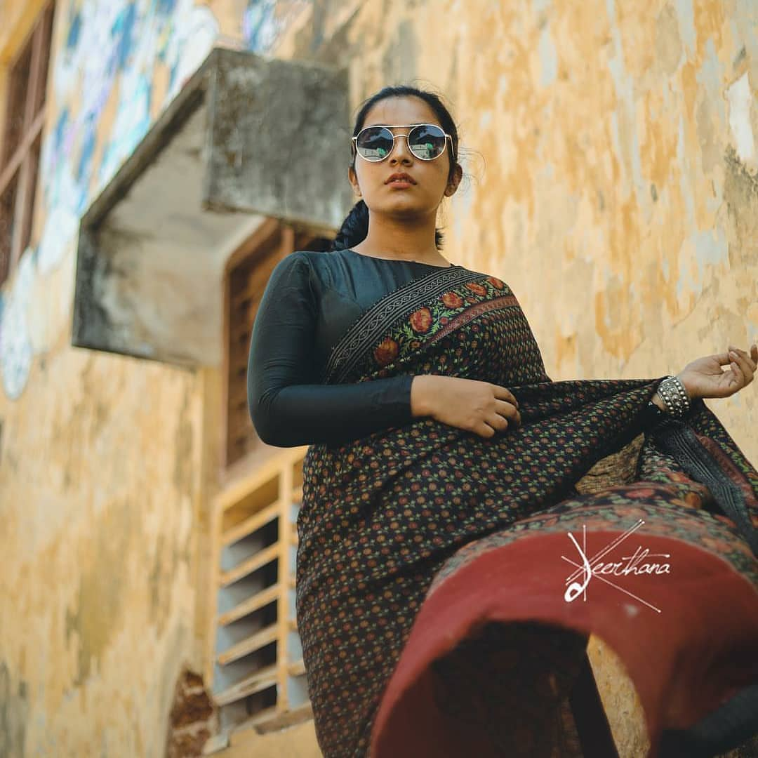sun-glasses-and-sarees (3)