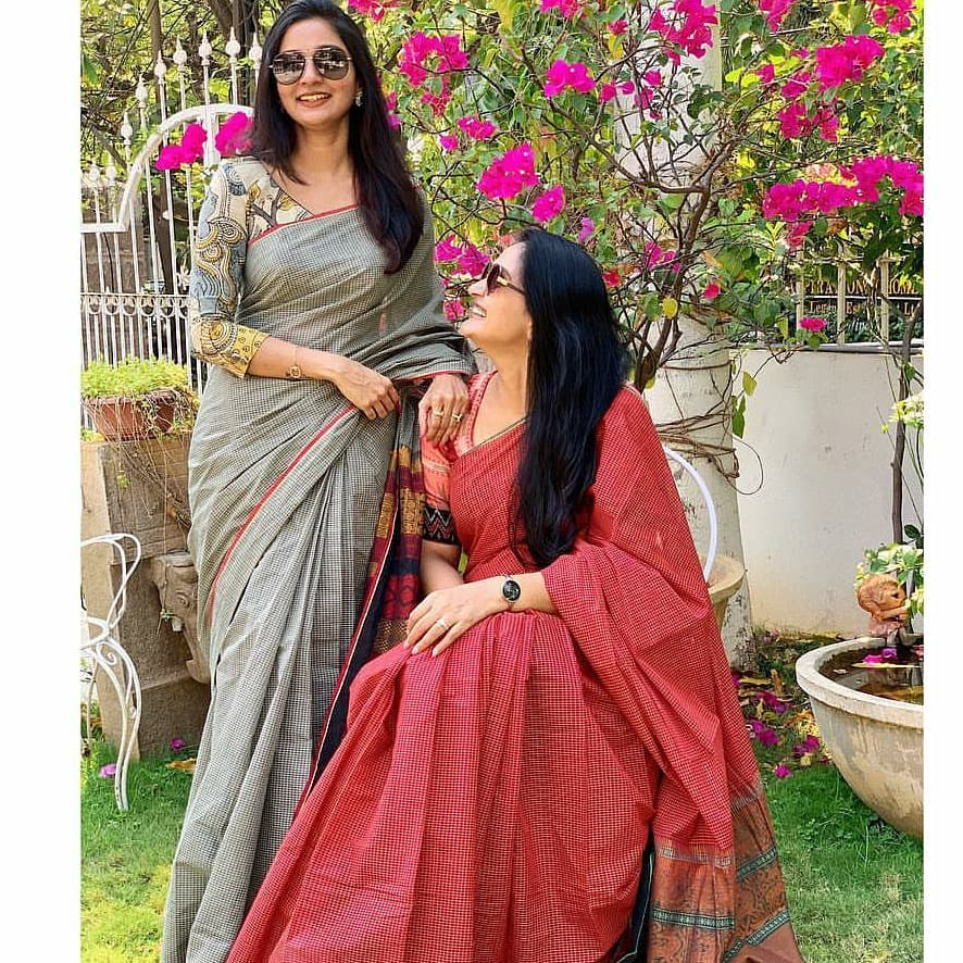 sun-glasses-and-sarees (5)