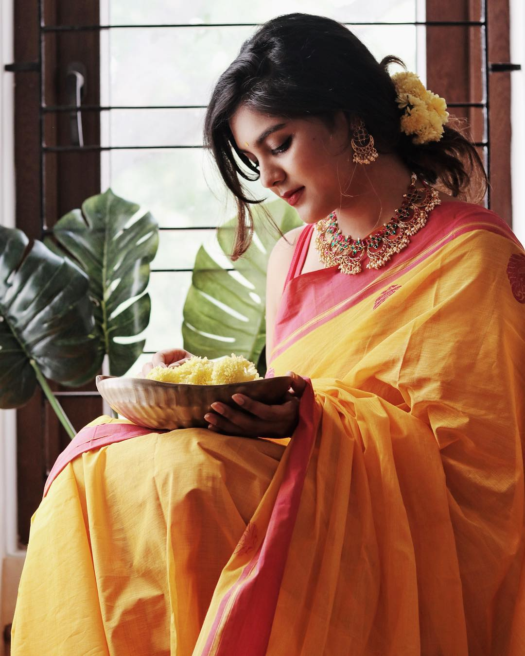 how-to-wear-traditional-indian-sarees (2)