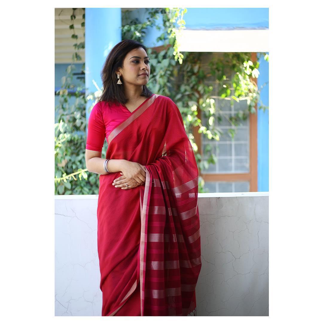 simple-stylish-sarees-eco-loom (12)