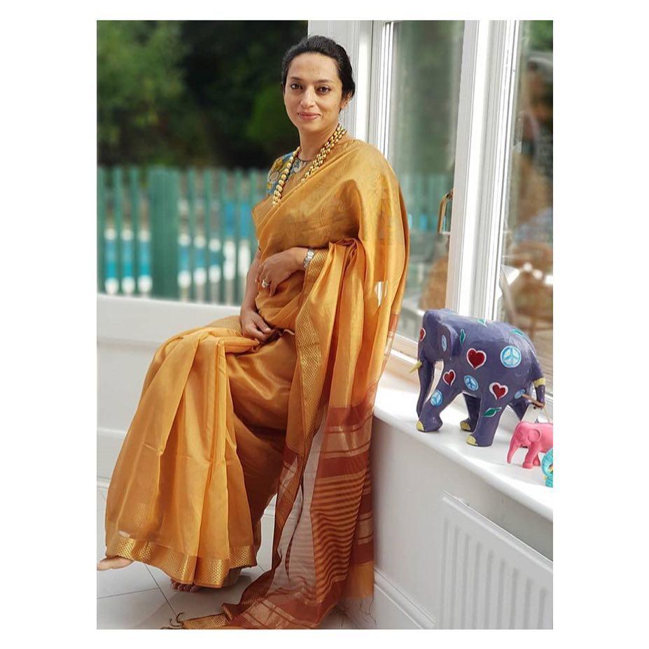 simple-stylish-sarees-eco-loom (2)