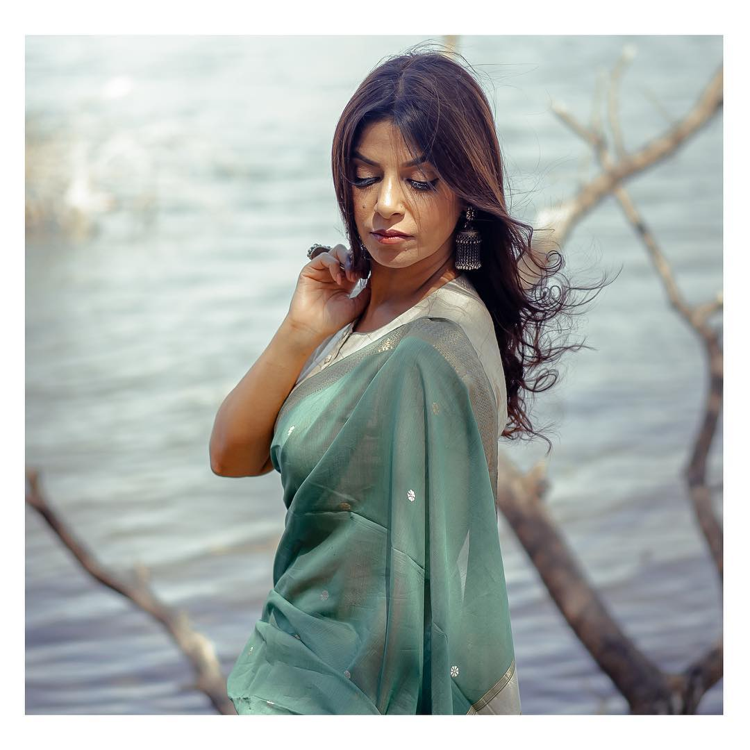 simple-stylish-sarees-eco-loom (8)