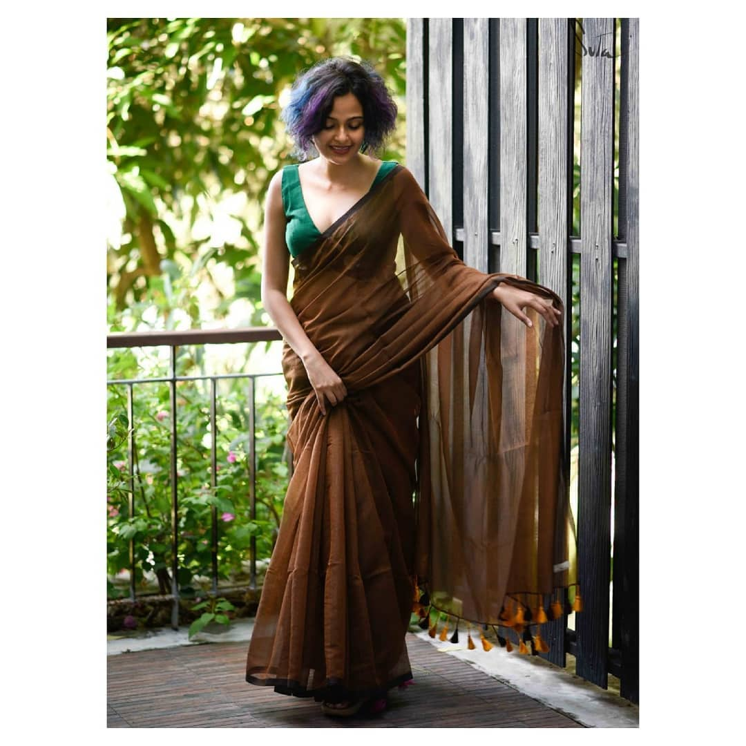 tips-to-wear-simple-sarees (8)