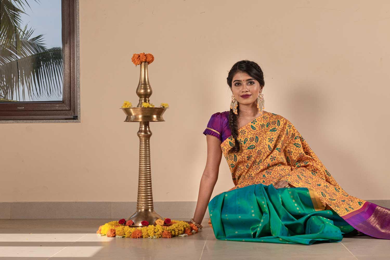 traditional-south-indian-silk-sarees (16)